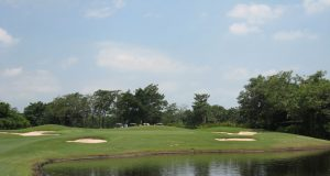Navatanee Country Club - Golf Courses
